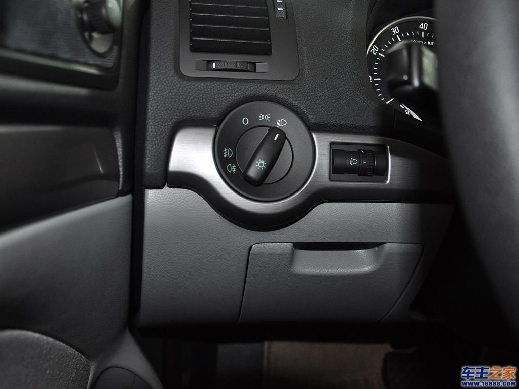 皮卡车灯光按钮_灯光按钮_科目 -皮卡车灯光位置图解 帕萨特灯光开