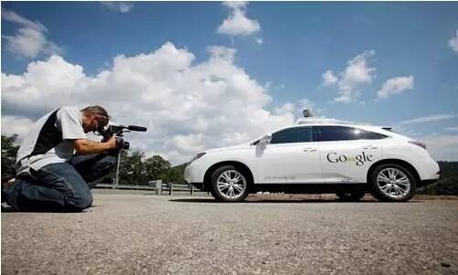 新华利小分享 困扰无人驾驶汽车的难题高清图片