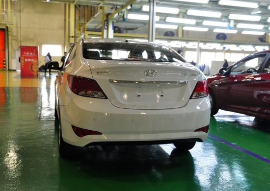 2014款北京现代瑞纳1.4全系优惠三万